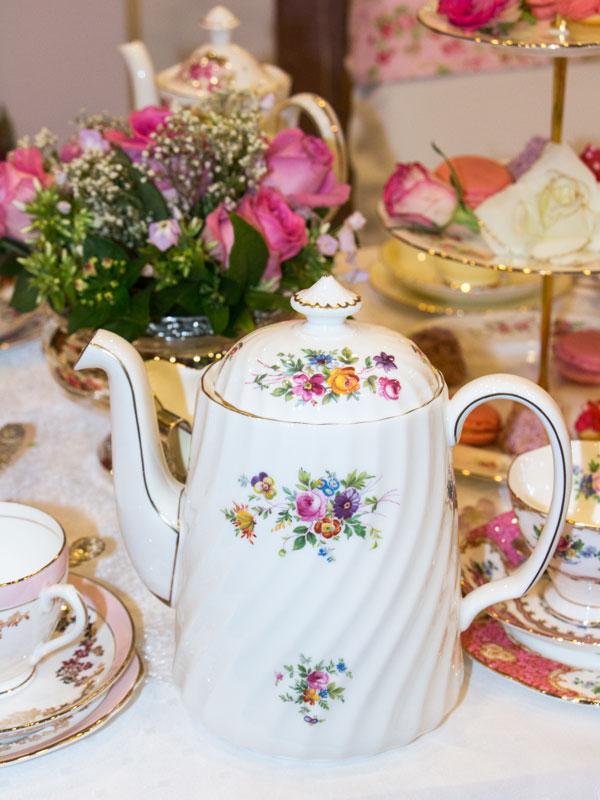 Informationen Englisches Vintage Porzellan Geschirr Mieten